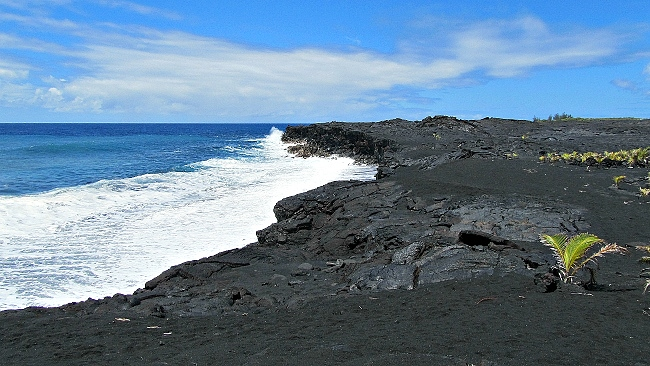 While still scenic, Kaimu black sands beach was once the Big Island's premier black sands beach before Kilauea lava flow wiped it out