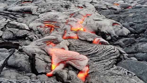 Pu'u 'O'o lava flow at Kamokuna