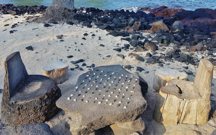 Konane Stone at Pu'uhonua o Honaunau