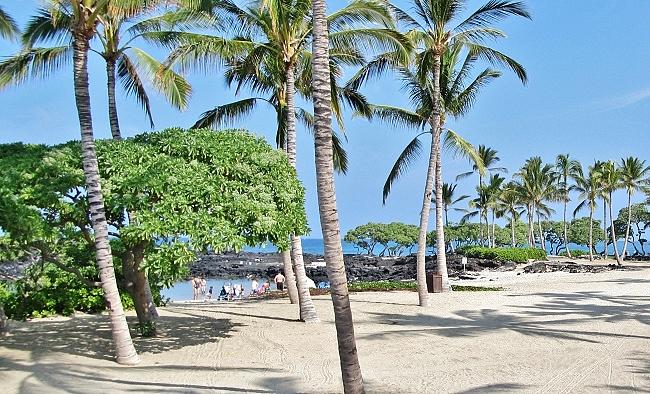 Kikaua Beach park