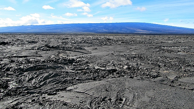 Mauna Loa Volcano lava flow