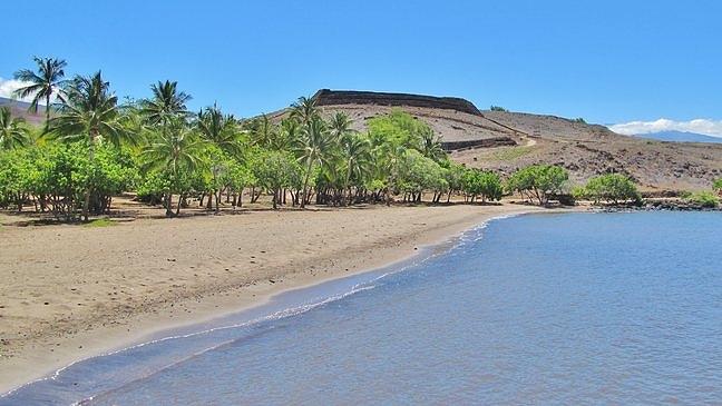 Pelekane Beach at Pu'ukohola Heiau