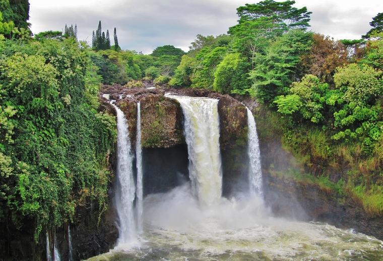 Rainbow Falls, Wailuku River