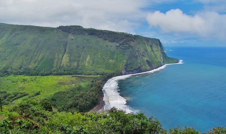 Waipi'o Valley Overlook