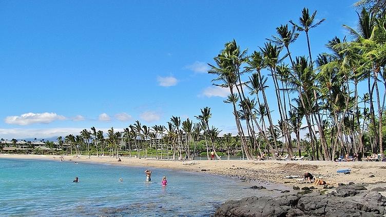 Anaeho'omalu Bay Beach