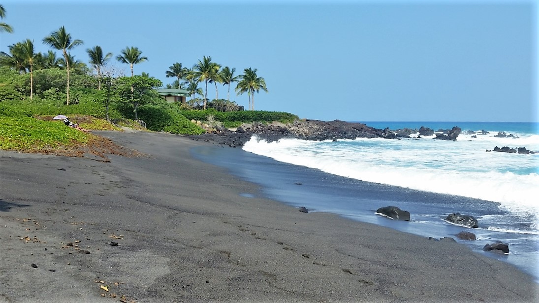 49 Black Sand Beach at Honoka'ope Bay
