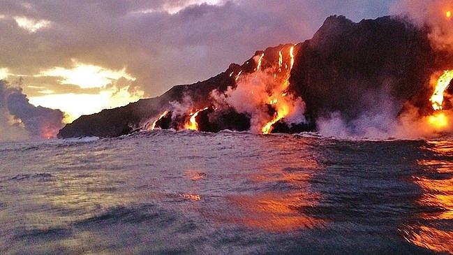 Kilauea lava flow ocean entry
