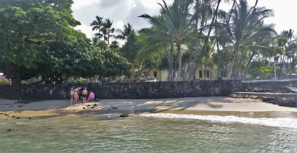 Niumalu Beach on Ali'i Drive in Kona