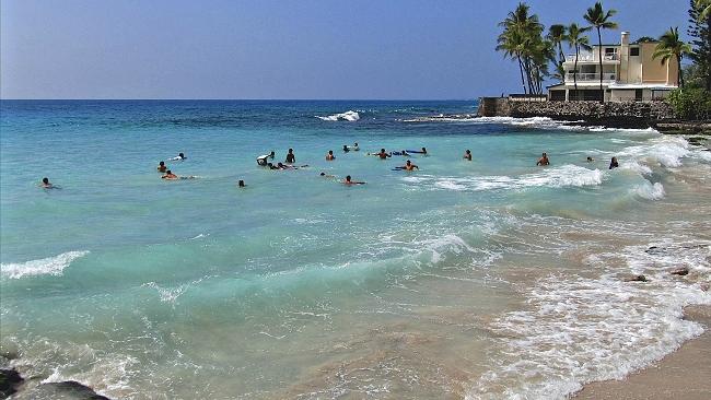 Swimming La'aloa Bay, Magic Sands Beach