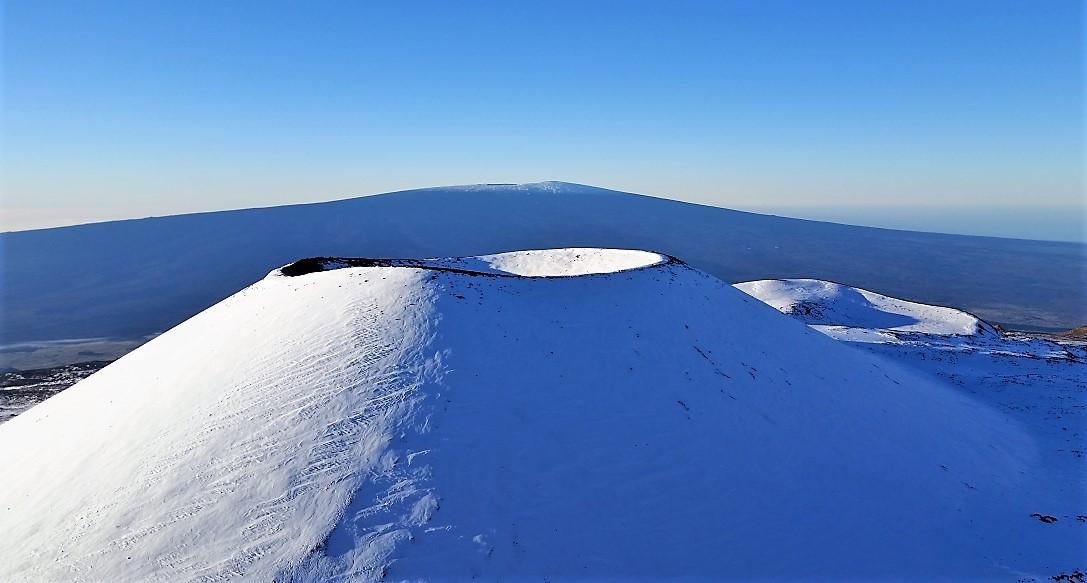 Mauna Loa volcano visible from Mauna Kea volcano